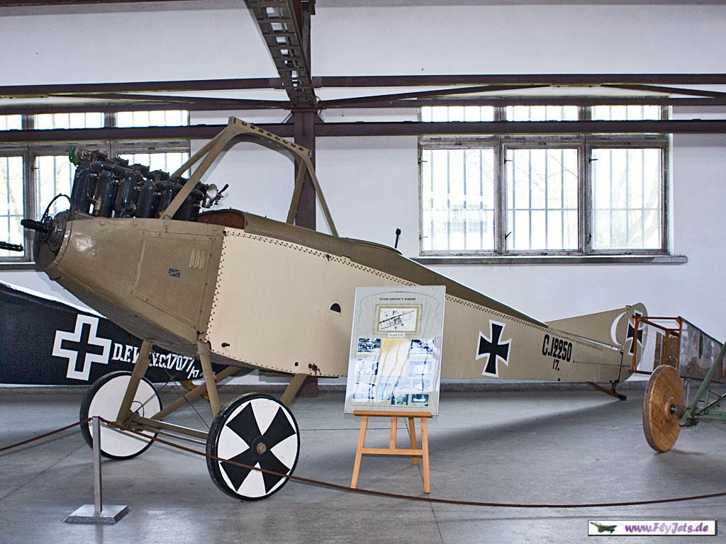 Au sujet des teintes de vernis des avions allemands 1914/1916 Bild014